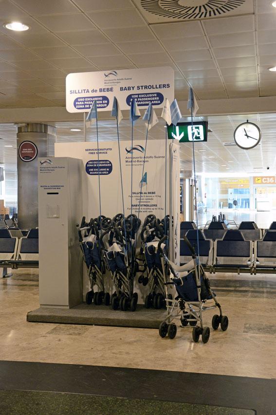 MAD Dispensador de sillas de paseo