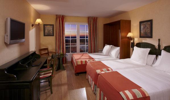 Habitación Doble con cama extra de 135cm