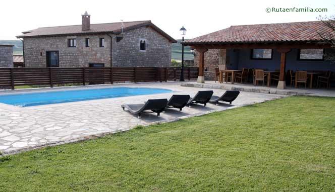 casarural-lasdevilladiego-elconvento-piscina