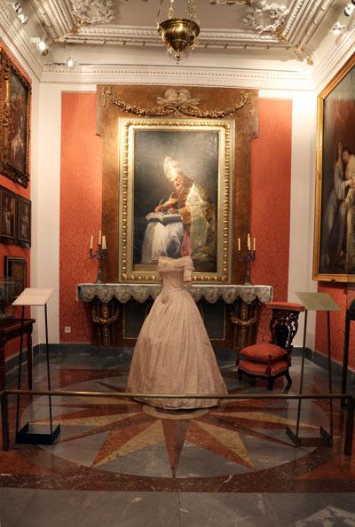 La moda Romántica se expone en Madrid