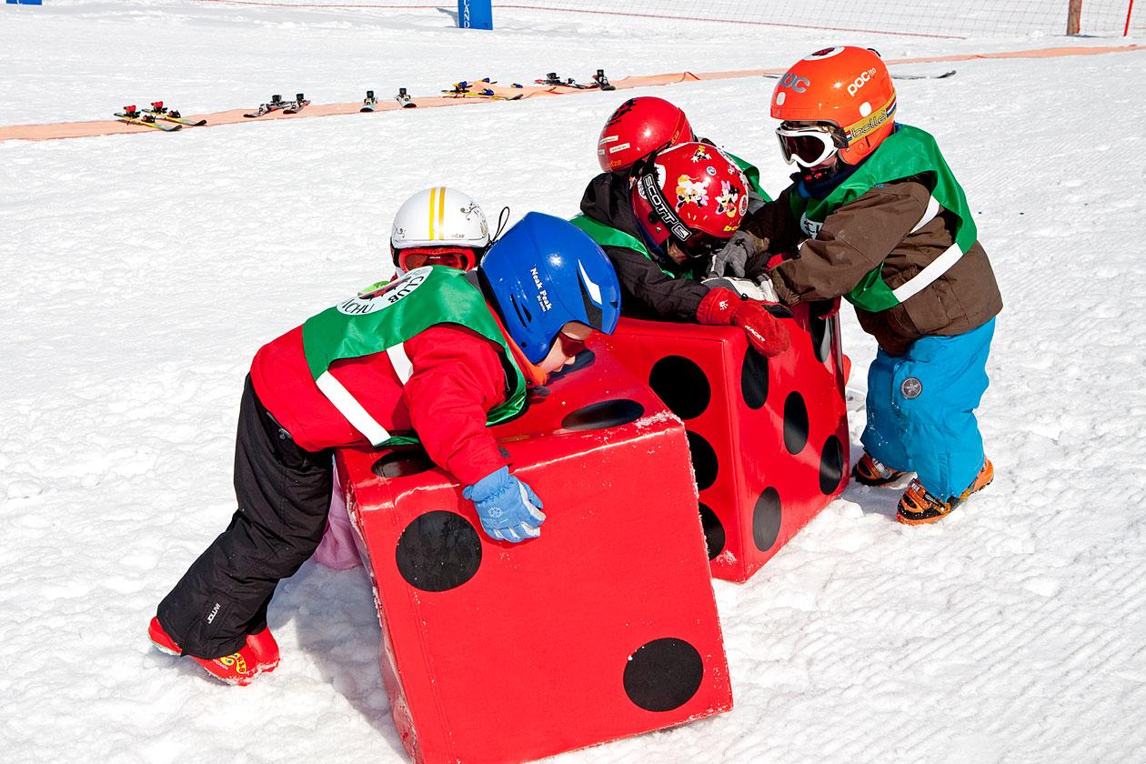 Esquí en familia en Padres y Colegios