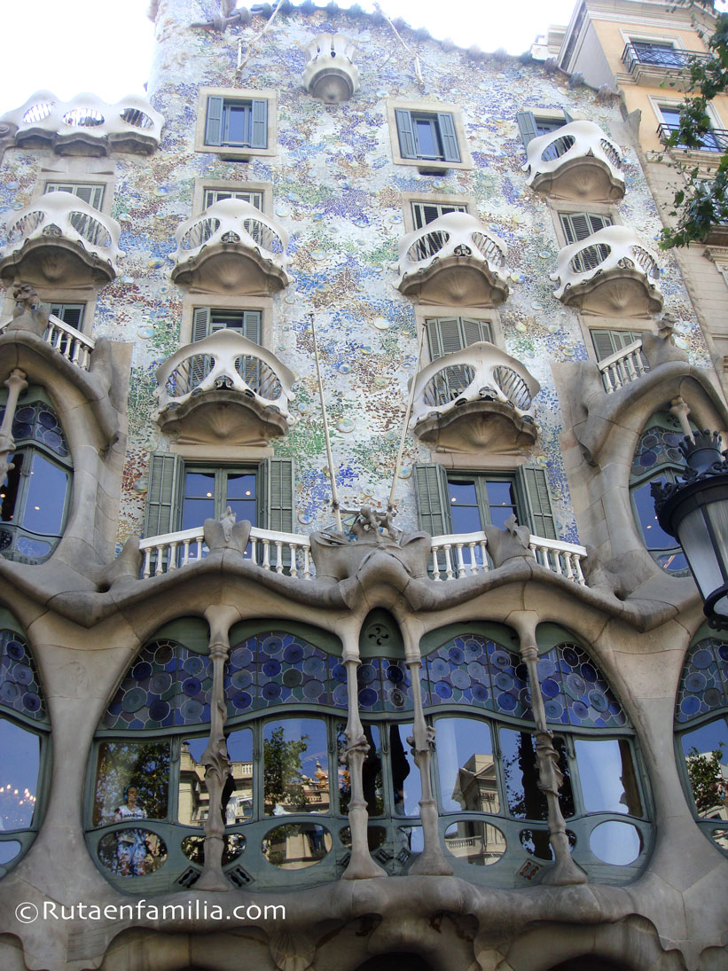 CasaBatlló-fachada-Barcelona-Gaudi