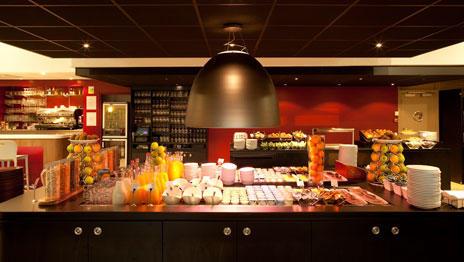 desayuno buffet libre francia