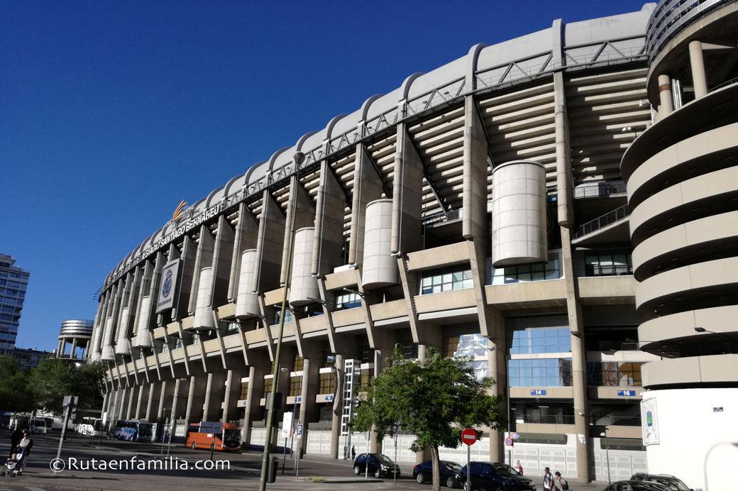 Madrid con niños del Bernabéu a la Cibeles