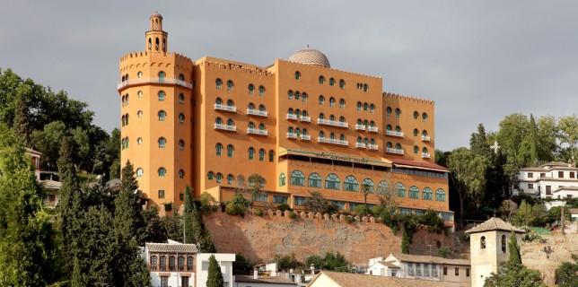 Alhambra-Palace-fachada