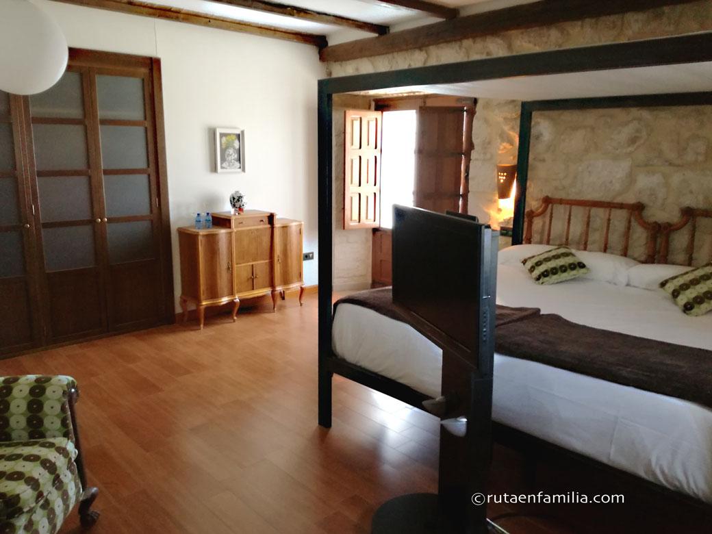 Hospederia-Concejo-Valoria-Cigales-Habitacion