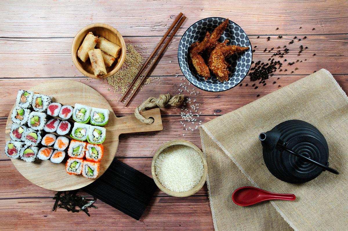Alitas-de-pollo,-Rollitos-Nem-Royal-y-bandeja-Party,-nuevos-platos-de-Go!-Sushing
