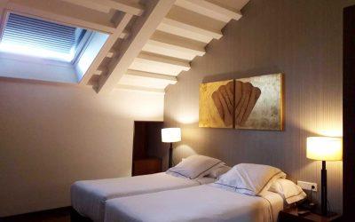 Hotel Carrís Casa de La Troya, alojamiento familiar junto a la Catedral de Santiago