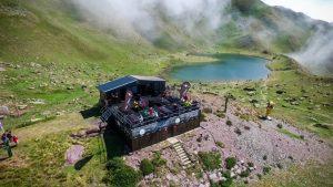 Mirador y restaurante terraza de ibones en Astún